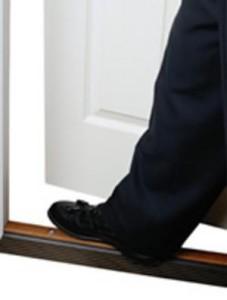 the-foot-in-the-door-effect